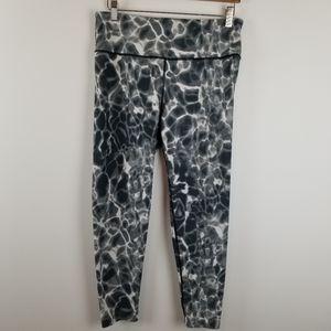 Victoria Sport Black/White Leggings Size Large